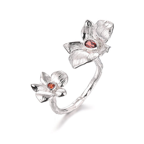 PEACH BLOSSOM STERLING SILVER ADJUSTABLE RING WITH GARNET