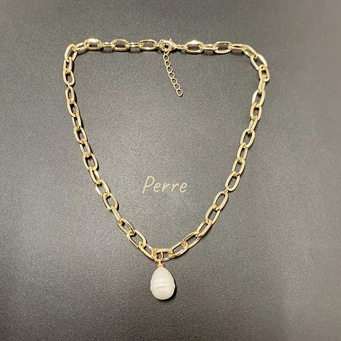 PRETTY IN PEARL SHELL PEARL CHAIN NECKLACE