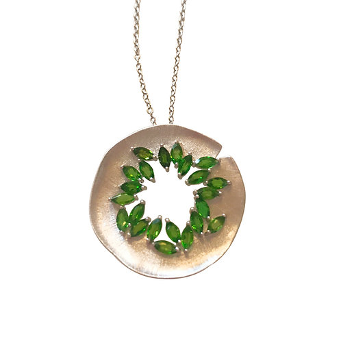 DIOPSIDE HANDMADE SILVER NECKLACE
