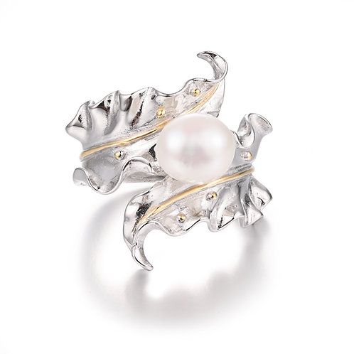 TUMBLING LEAF IN STERLING SILVER WITH BAROQUE PEARL RING