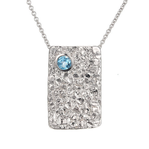 HAMMERED SILVER NECKLACE WITH SWISS BLUE TOPAZ