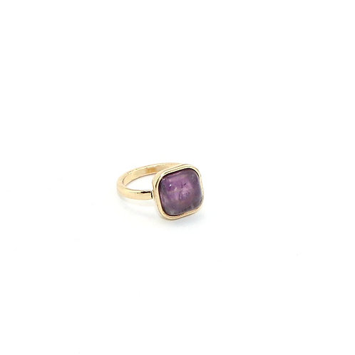 AMETHYST SQUARE GOLD RING