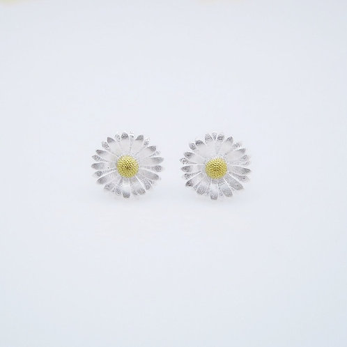 DAISY STUD EARRINGS IN STERLING SILVER & GOLD