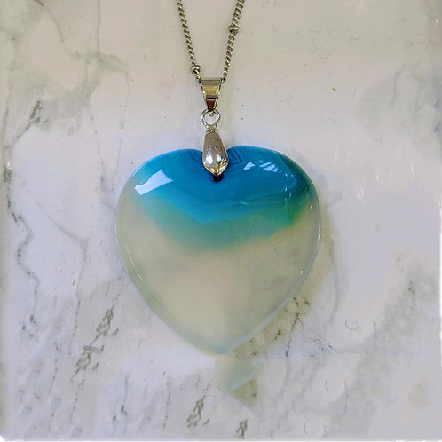 AGATE HEART NECKLACE