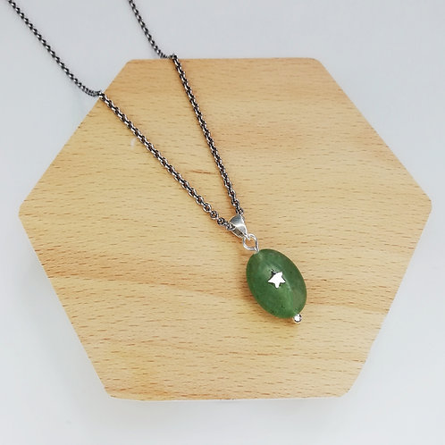 JADE WITH STAR NECKLACE IN STERLING SILVER