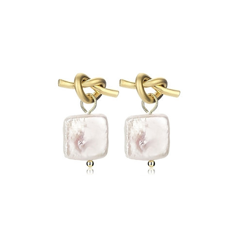 GOLD PLATED KNOT EARRINGS WITH FRESHWATER SQUARE EARRINGS