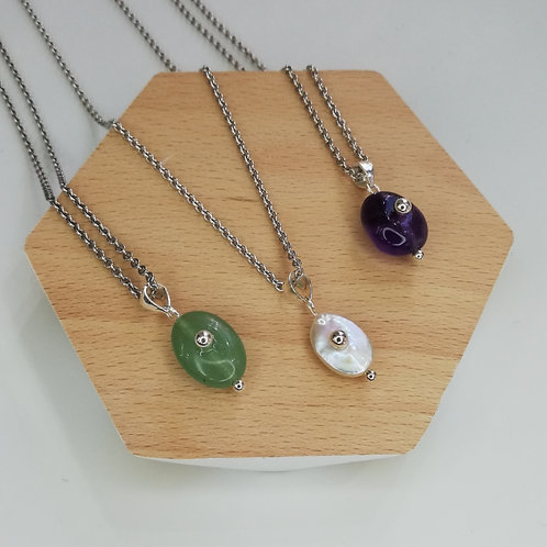 GEMSTONE CIRCLE NECKLACE IN STERLING SILVER