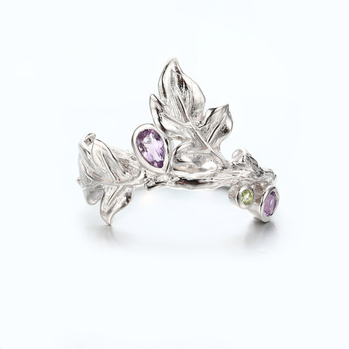 AUTUMN LEAVES SILVER RING WITH AMETHYST