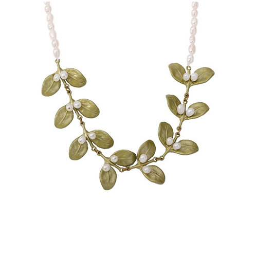 GREEN LEAF FRESHWATER PEARL NECKLACE
