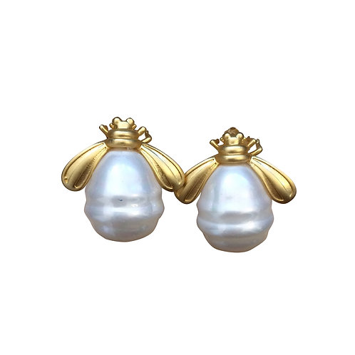 14K GOLD  PLATED BEE STUD EARRINGS WITH ENAMEL MOTHER OF PEARL