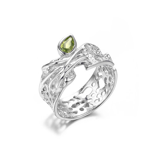 BRANCH OUT SILVER RING WITH PERIDOT
