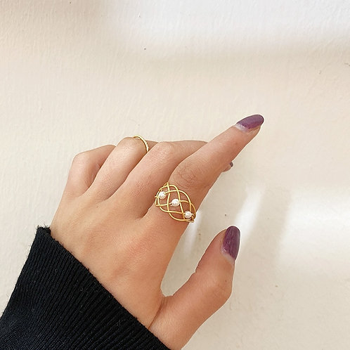 INFINITY KNOT PEARL GOLD PLATED RING
