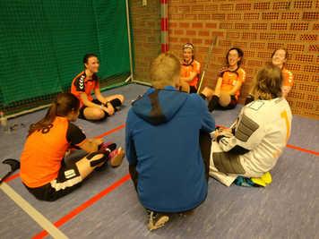 Coaching ladies team