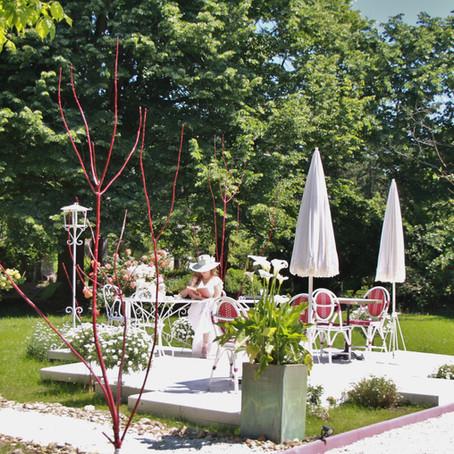 Venez profiter de la nouvelle terrasse de la Villa Alecya !  Come and enjoy our new terrace!