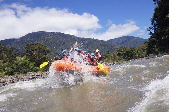 water-rafting-in Ecuador
