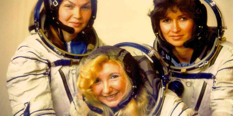 Онлайн трансляция  «Шагнувшие к звездам»: женщины-космонавты»