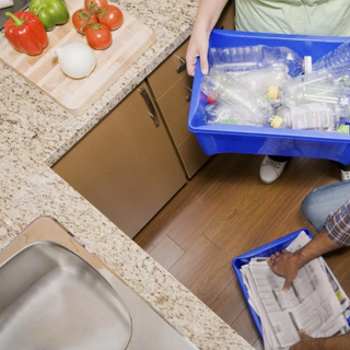 A stay-at-home mom's duties need to be shared