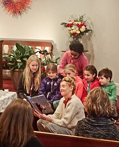 leyah reading to kids.jpg