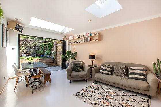 Unique garden room by J S Designs