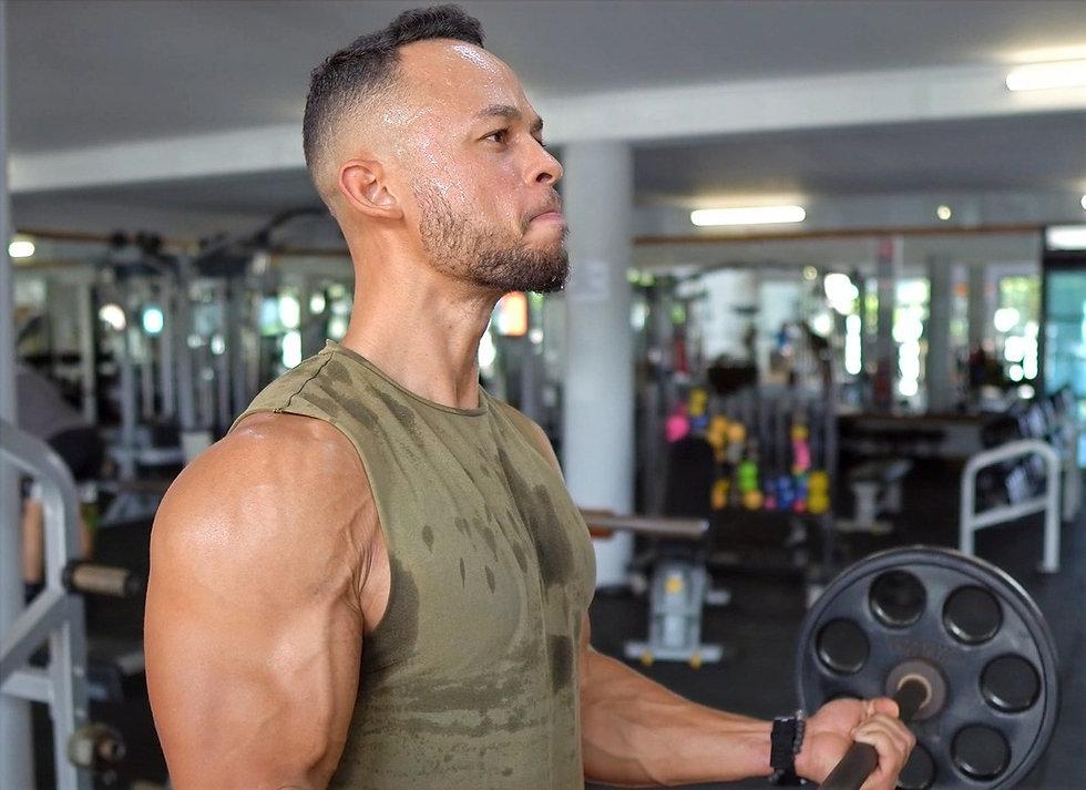 Biceps 2 (1)_edited.jpg