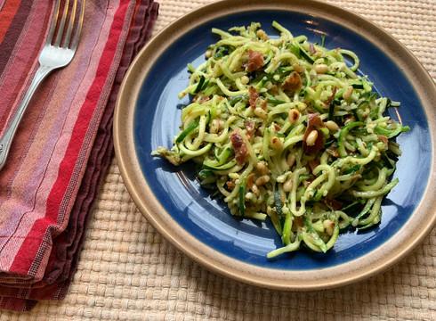 Pesto and Prosciutto Zoodles