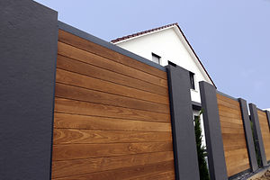 Essential Homes Modern Fence.jpg