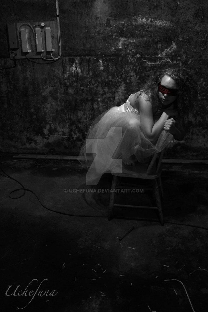 broken_ballerina_iii_by_uchefuna-d57w290.jpg