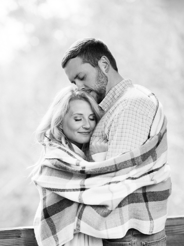 downtown roswell engagement session in t