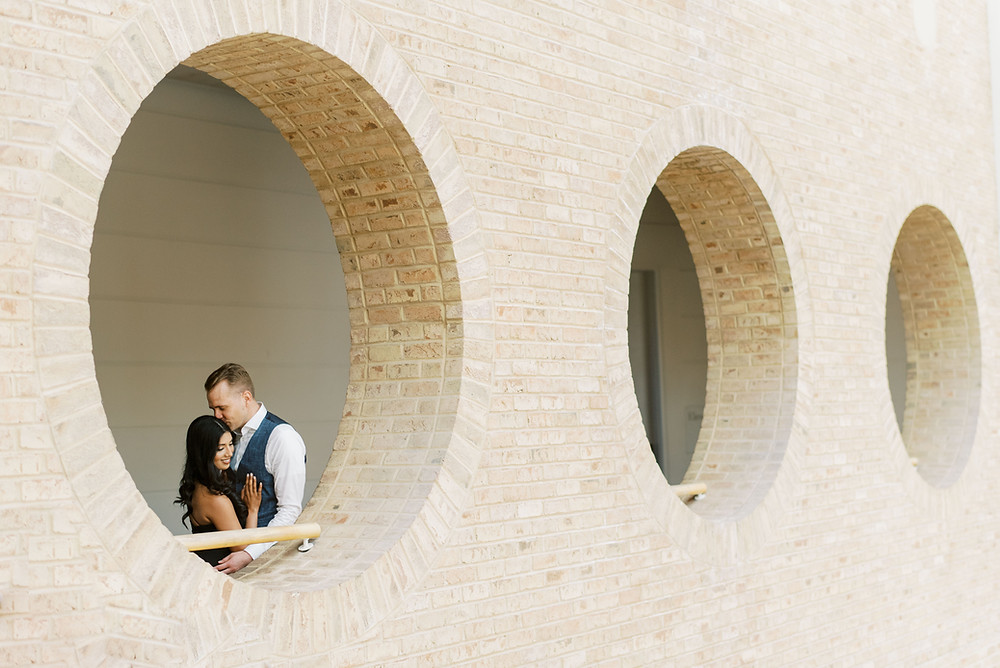 engagement photos at Fernbank Museum