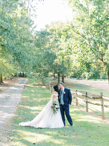 barn-at-oak-manor-wedding-339.jpg