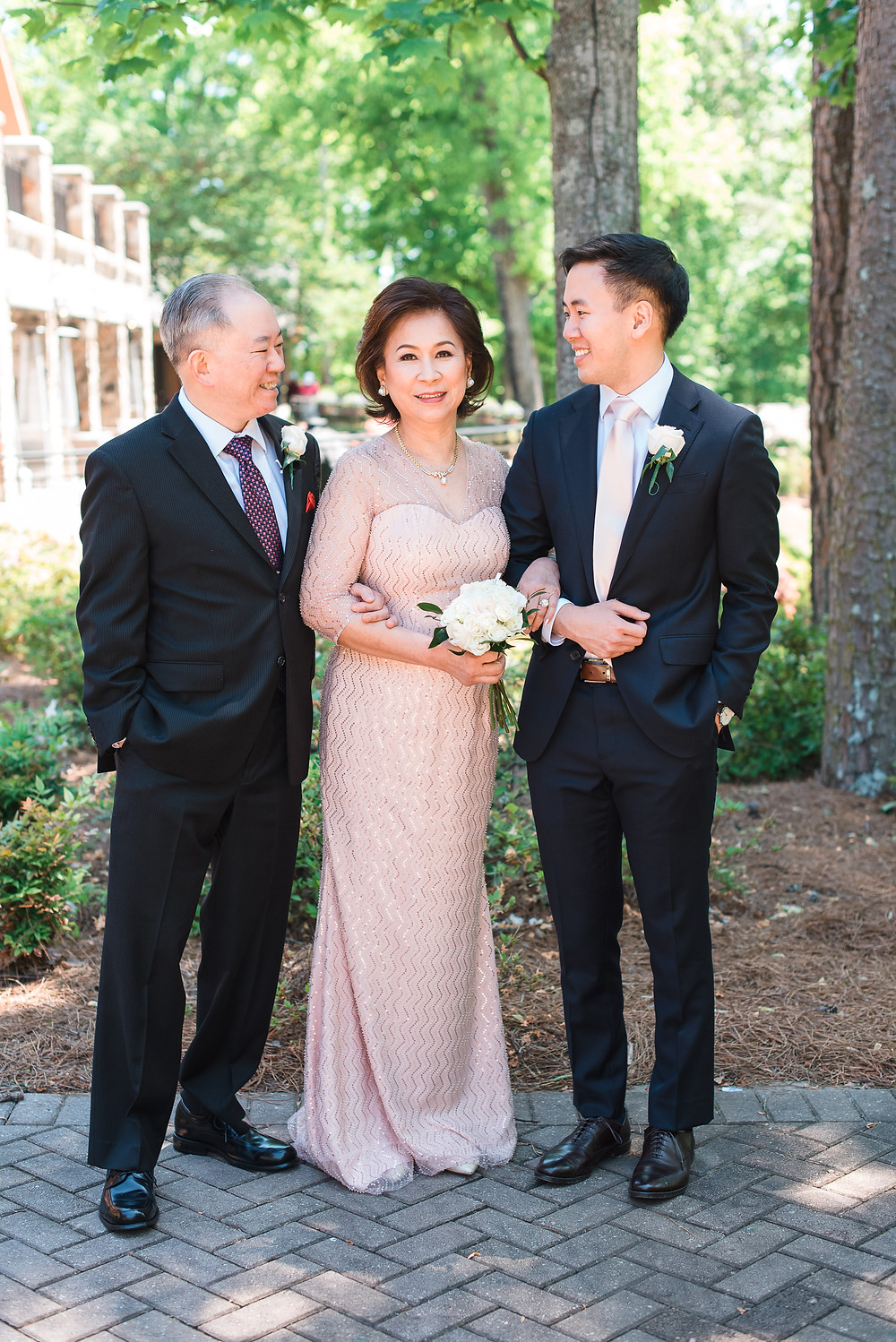 family photos at the country club of the south wedding