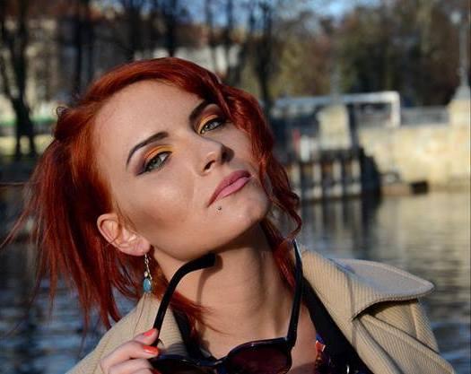 Photo-shooting makeup model
