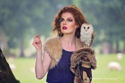 Auburn makeup model with Oal