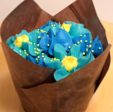 Chocolate with buttercream flowers