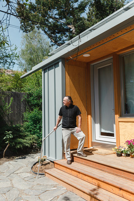 Rex Hohlbein, Founder of Facing Homelessness and Block Architects / for Brandeins Magazine