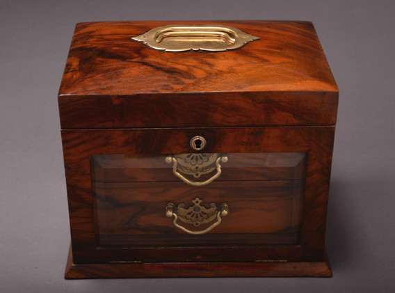 Late Victorian walnut jewellery box_