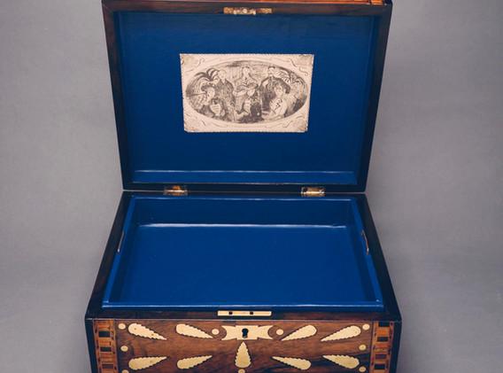 Rosewood inlaid jewellery box