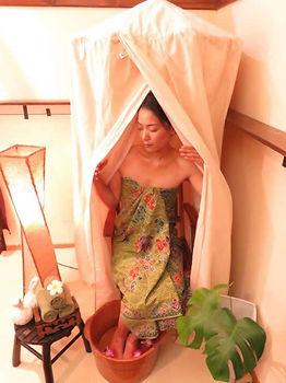 anahata healing salonのハーブテント