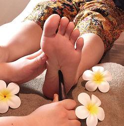 res_foot.jpg