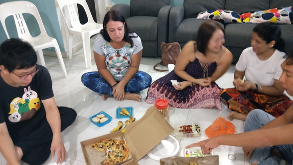 Pot luck segment and chit chat