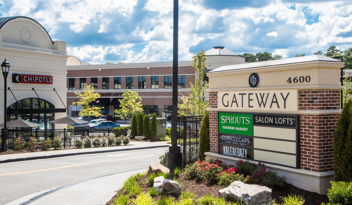 gateway-shopping-center-1-listing-9e87ae