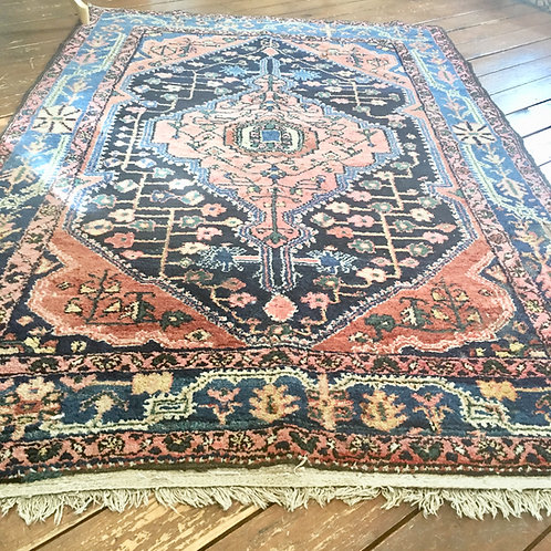 Vintage rug 6.5 x 4.2