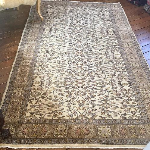 Vintage rug 5 x 8.3