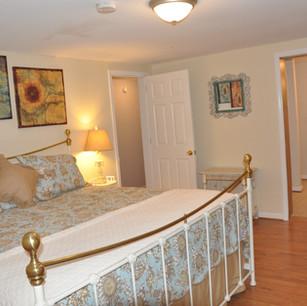 Downstairs bedroom - King bed