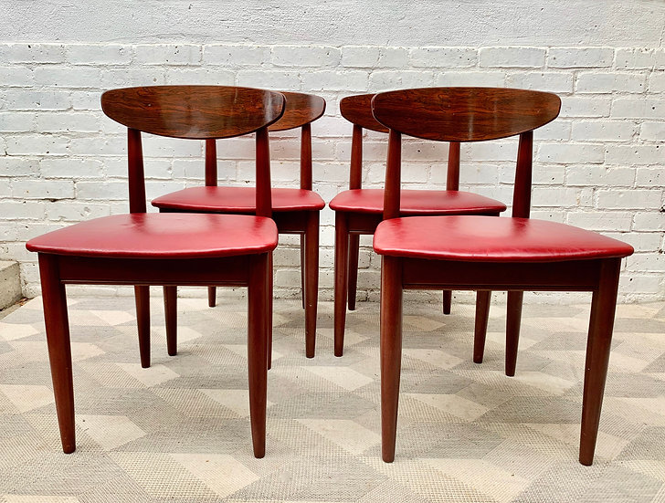 Set of 4 Vintage Dining Chairs by Schreiber frony