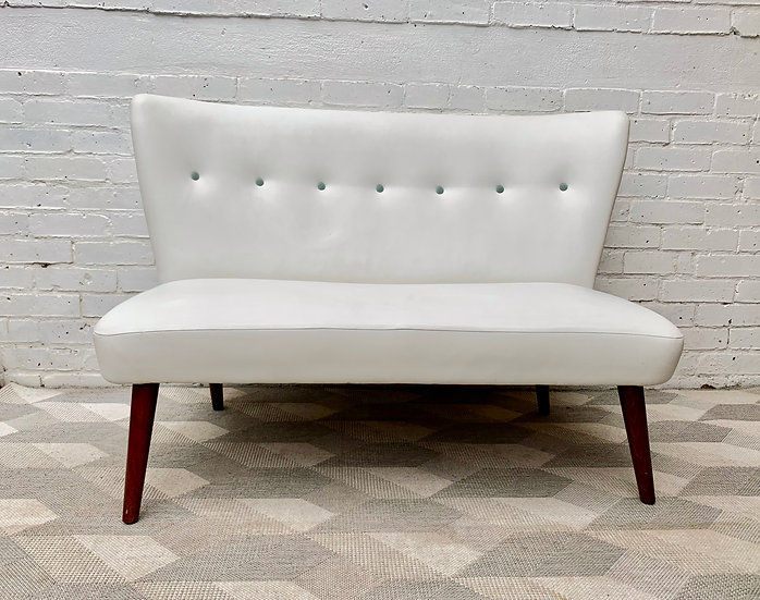 Designers Guild White Sofa Mid Century Style #D45