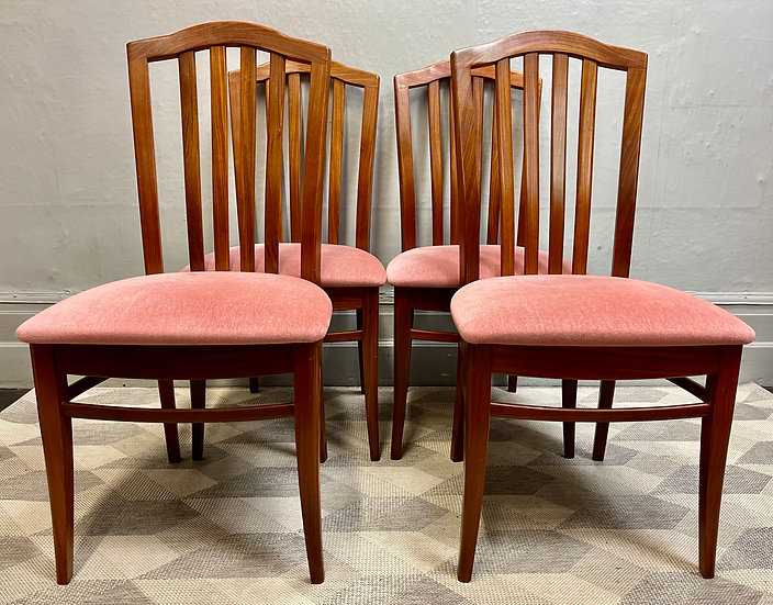 Set of 4 Vintage Teak Dining Chairs by Stag