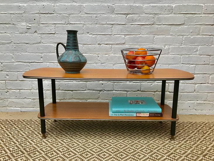 RETRO COFFEE TABLE WITH SHELF