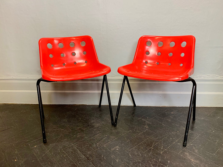 Pair of Robin Day Polo Chairs Red #D28