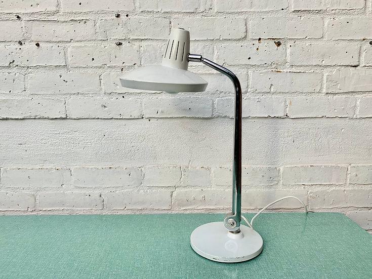 Mid Century Fase Desk Lamp White Metal up